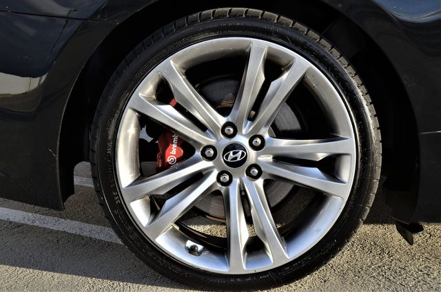 2012 Hyundai Genesis Coupe 2.0T R-Spec Reseda, CA 6