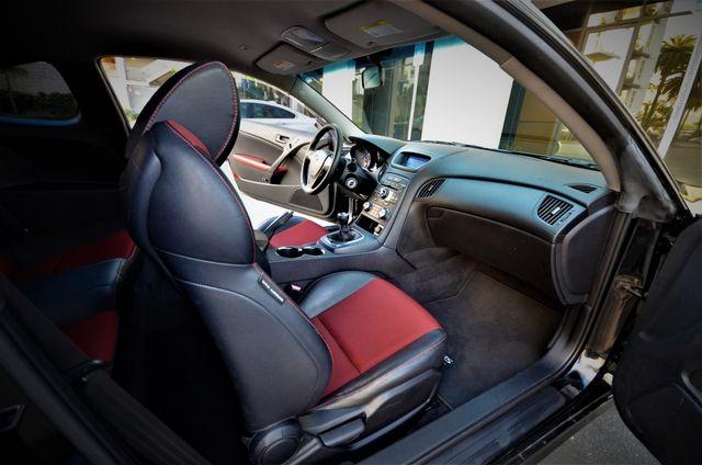 2012 Hyundai Genesis Coupe 2.0T R-Spec Reseda, CA 21