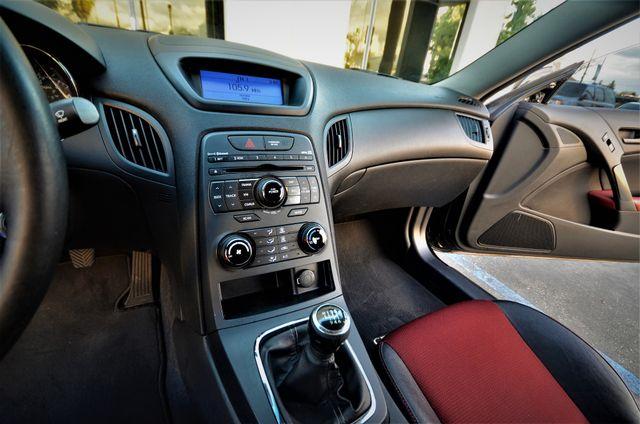 2012 Hyundai Genesis Coupe 2.0T R-Spec Reseda, CA 26