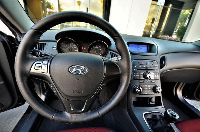 2012 Hyundai Genesis Coupe 2.0T R-Spec Reseda, CA 25