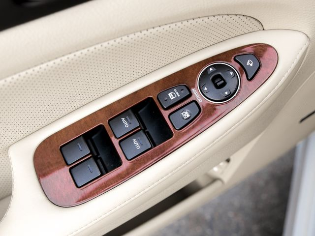 2012 Hyundai Genesis Premium/Technology 3.8L Burbank, CA 24