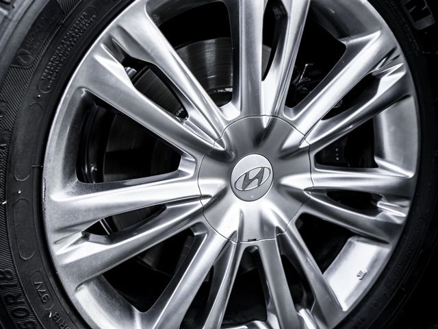 2012 Hyundai Genesis Premium/Technology 3.8L Burbank, CA 26
