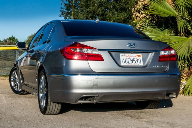 2012 Hyundai Genesis 4.6L Reseda, CA 7