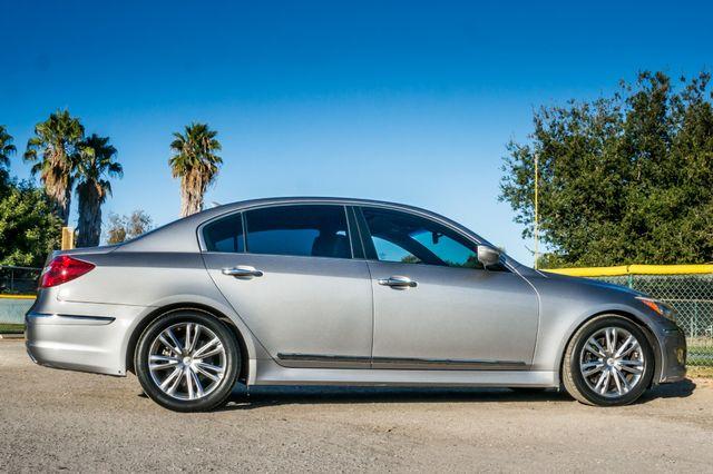 2012 Hyundai Genesis 4.6L Reseda, CA 5