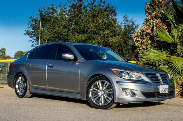 2012 Hyundai Genesis 4.6L Reseda, CA 3