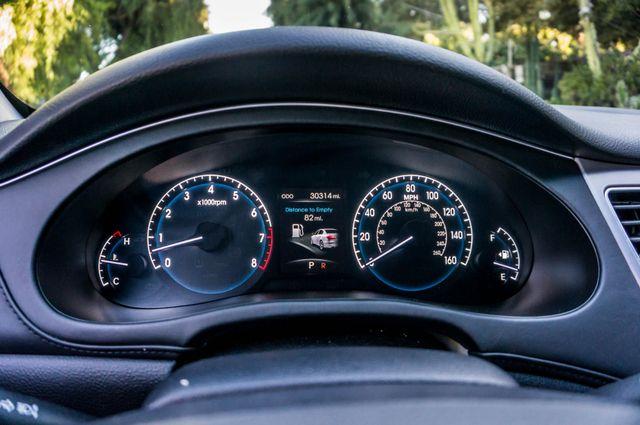 2012 Hyundai Genesis 4.6L Reseda, CA 16