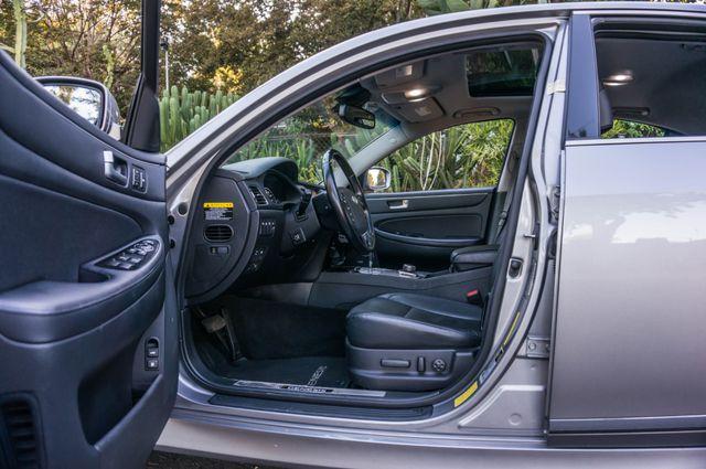 2012 Hyundai Genesis 4.6L Reseda, CA 13