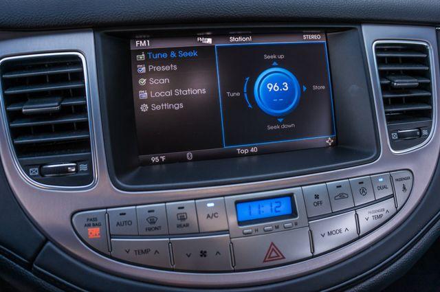 2012 Hyundai Genesis 4.6L Reseda, CA 26