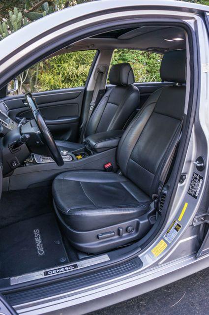 2012 Hyundai Genesis 4.6L Reseda, CA 33