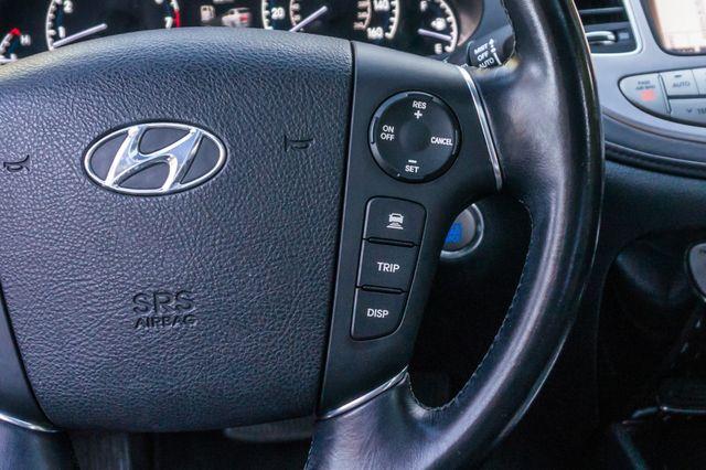 2012 Hyundai Genesis 4.6L Reseda, CA 21