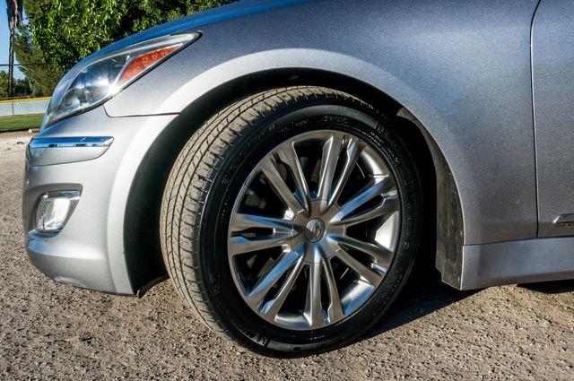 2012 Hyundai Genesis 4.6L Reseda, CA 12