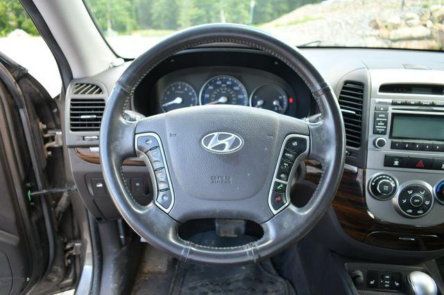 2012 Hyundai Santa Fe SE AWD Naugatuck, Connecticut 17