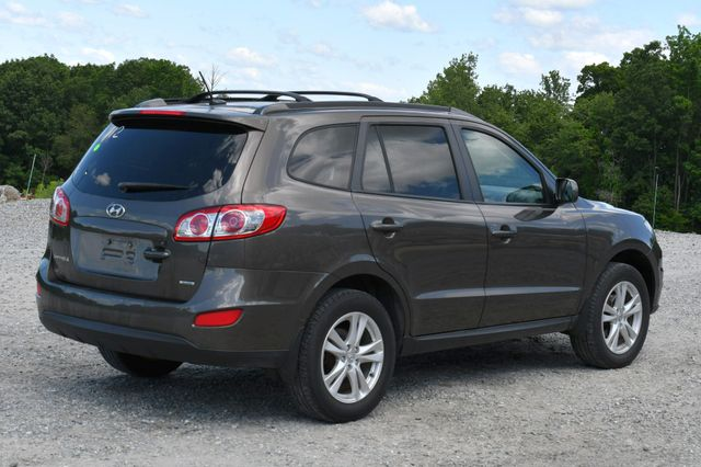 2012 Hyundai Santa Fe SE AWD Naugatuck, Connecticut 6