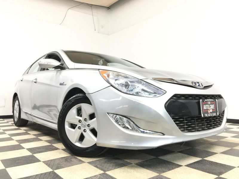 2012 Hyundai Sonata *Drive TODAY & Make PAYMENTS* | The Auto Cave in Addison