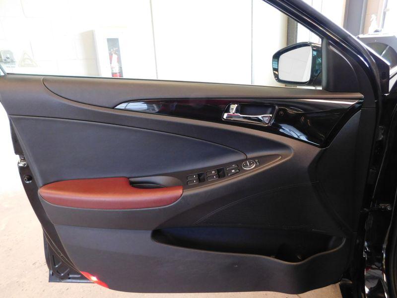 2012 Hyundai Sonata 20T Limited wWine Int  city TN  Doug Justus Auto Center Inc  in Airport Motor Mile ( Metro Knoxville ), TN