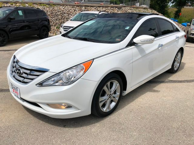 2012 Hyundai Sonata 2.4L Limited in Gower Missouri, 64454