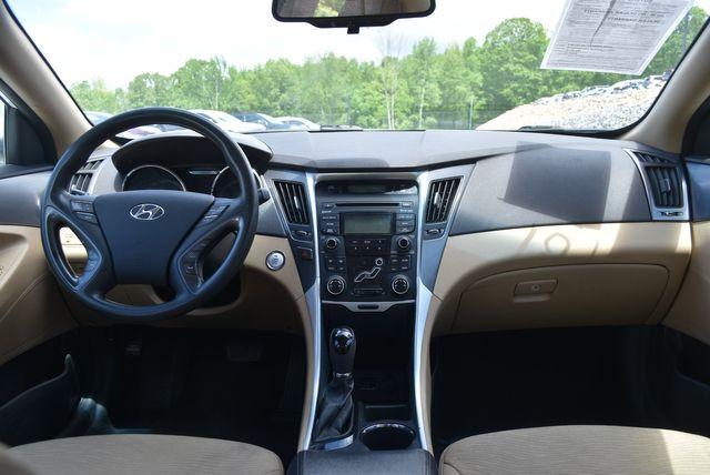 2012 Hyundai Sonata Hybrid Naugatuck, Connecticut 11
