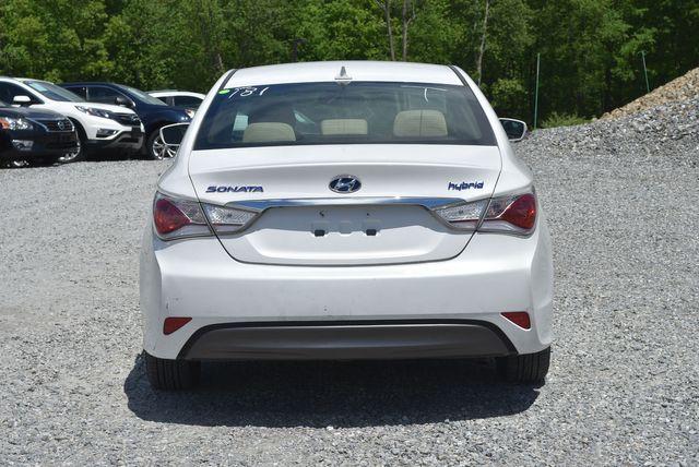 2012 Hyundai Sonata Hybrid Naugatuck, Connecticut 3