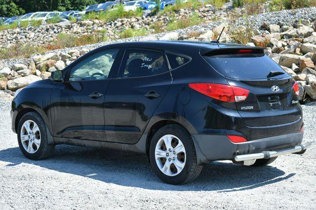 2012 Hyundai Tucson GL Naugatuck, Connecticut 4