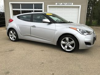 2012 Hyundai Veloster w/Black Int in Clinton IA, 52732