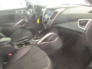 2012 Hyundai Veloster w/Black Int Gardena, California 8