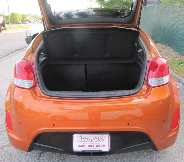 2012 Hyundai Veloster w/Black Int St. Louis, Missouri 7