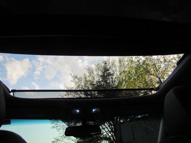 2012 Hyundai Veloster w/Black Int St. Louis, Missouri 11