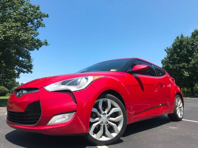 2012 Hyundai Veloster w/Red Int