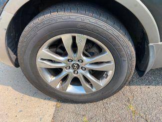 2012 Hyundai Veracruz Limited  /  Third Seat New Brunswick, New Jersey 14
