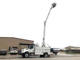 2012 International 4400 BUCKET TRUCK in Fort Worth, TX