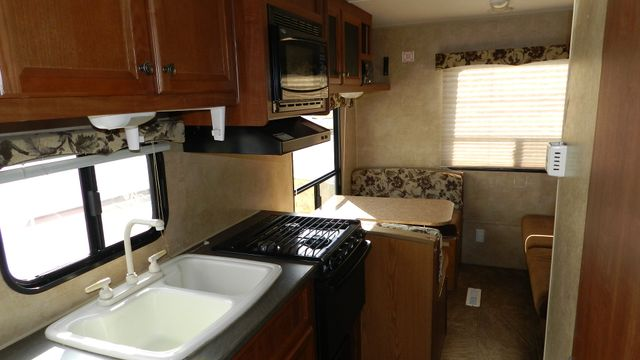 2012 Jayco SWIFT 198 RD Hudson , Florida 6