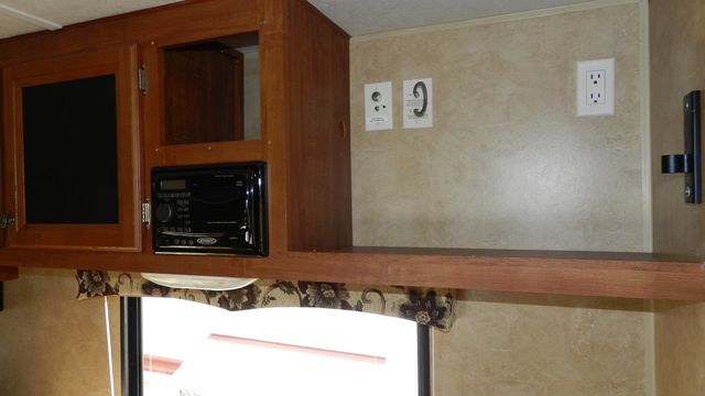 2012 Jayco SWIFT 198 RD Hudson , Florida 8