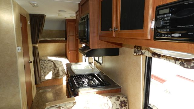 2012 Jayco SWIFT 198 RD Hudson , Florida 9