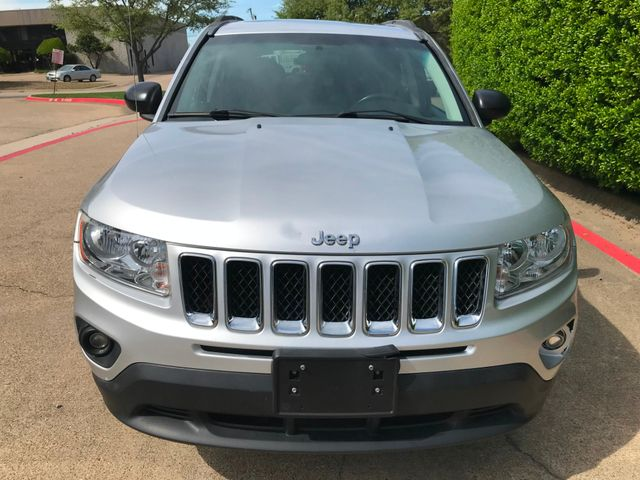 2012 Jeep Compass Latitude w/SUNROOF**HEATED SEATS**ONLY 69K MILES in Plano, Texas 75074