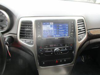 2012 Jeep Grand Cherokee Laredo Farmington, MN 4