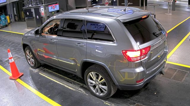 2012 Jeep Grand Cherokee Overland Summit in Memphis, Tennessee 38115