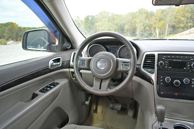 2012 Jeep Grand Cherokee Laredo Naugatuck, Connecticut 13