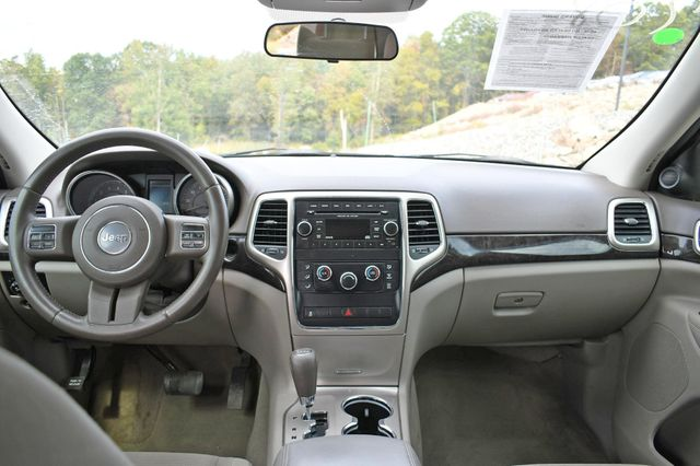 2012 Jeep Grand Cherokee Laredo Naugatuck, Connecticut 14