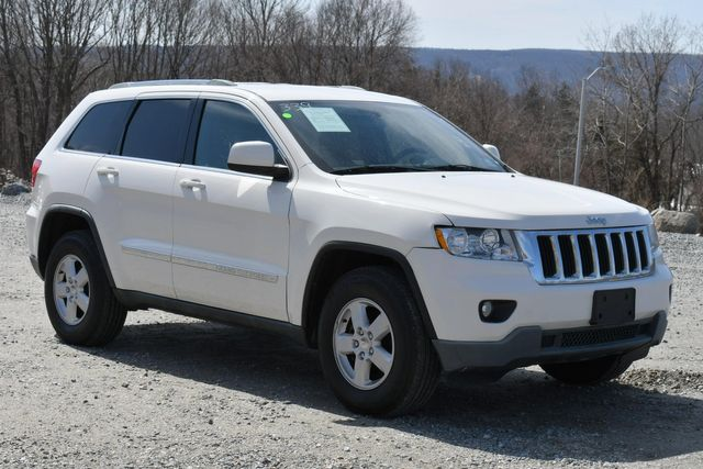 2012 Jeep Grand Cherokee Laredo Naugatuck, Connecticut 8