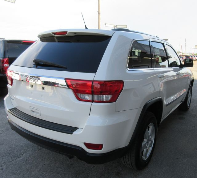 2012 Jeep Grand Cherokee Laredo south houston, TX 4