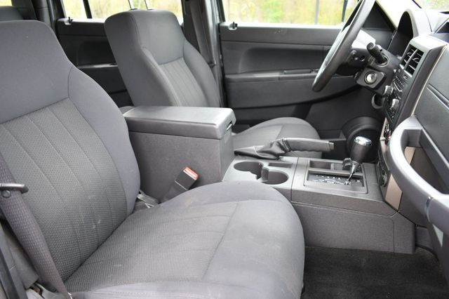 2012 Jeep Liberty Sport 4WD Naugatuck, Connecticut 10