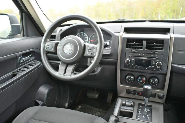 2012 Jeep Liberty Sport 4WD Naugatuck, Connecticut 15