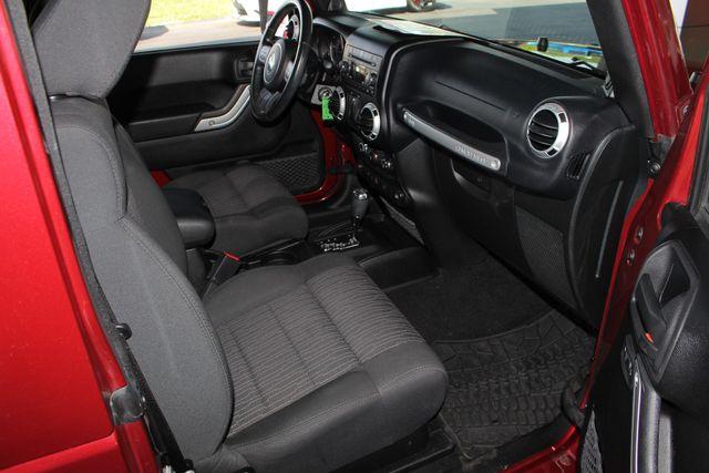 2012 Jeep Wrangler Rubicon 4X4 - POWER PKG - BLUETOOTH! Mooresville , NC 30