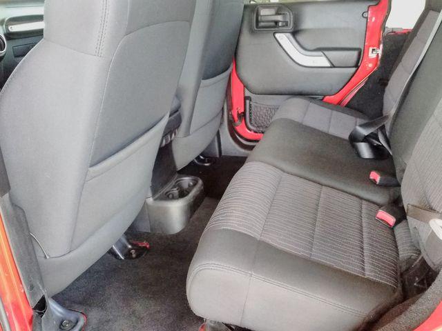 2012 Jeep Wrangler Unlimited Sahara Houston, Mississippi 10