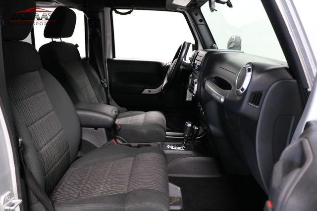 2012 Jeep Wrangler Unlimited Sahara Merrillville, Indiana 15