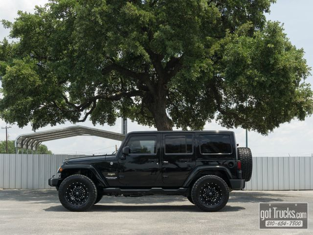 2012 Jeep Wrangler Unlimited Sahara 3.6L V6 4X4