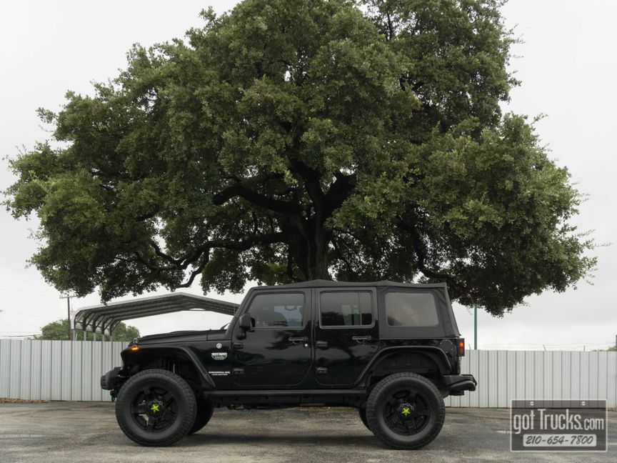 2012 Jeep Wrangler Unlimited Call Of Duty Mw3 36l V6 4x4 American