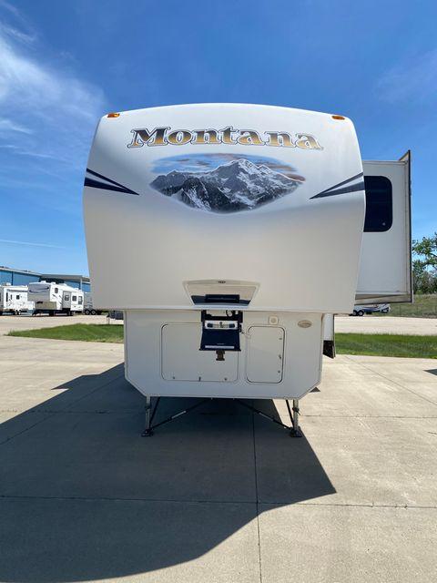 2012 Keystone Montana Mountaineer 346LBQ in Mandan, North Dakota 58554