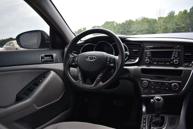 2012 Kia Optima LX Naugatuck, Connecticut 13