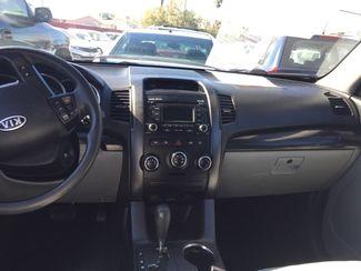 2012 Kia Sorento LX AUTOWORLD (702) 452-8488 Las Vegas, Nevada 6